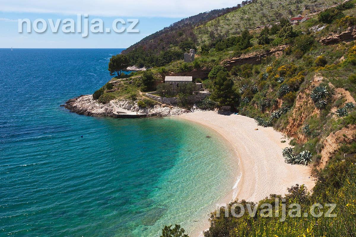 Vela Planica, ostrov Brač, Chorvatsko