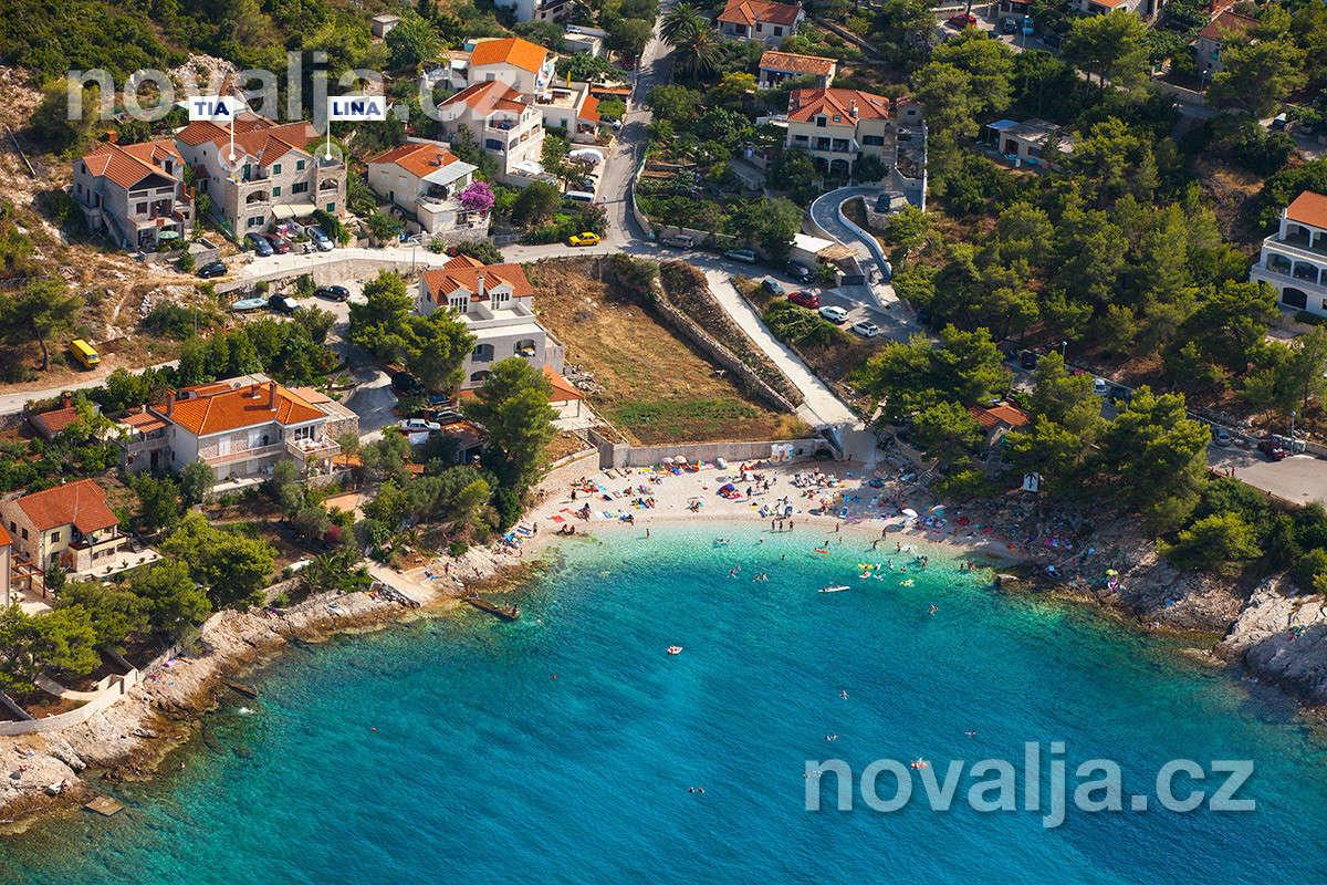 Postira, ostrov Brač, Chorvatsko