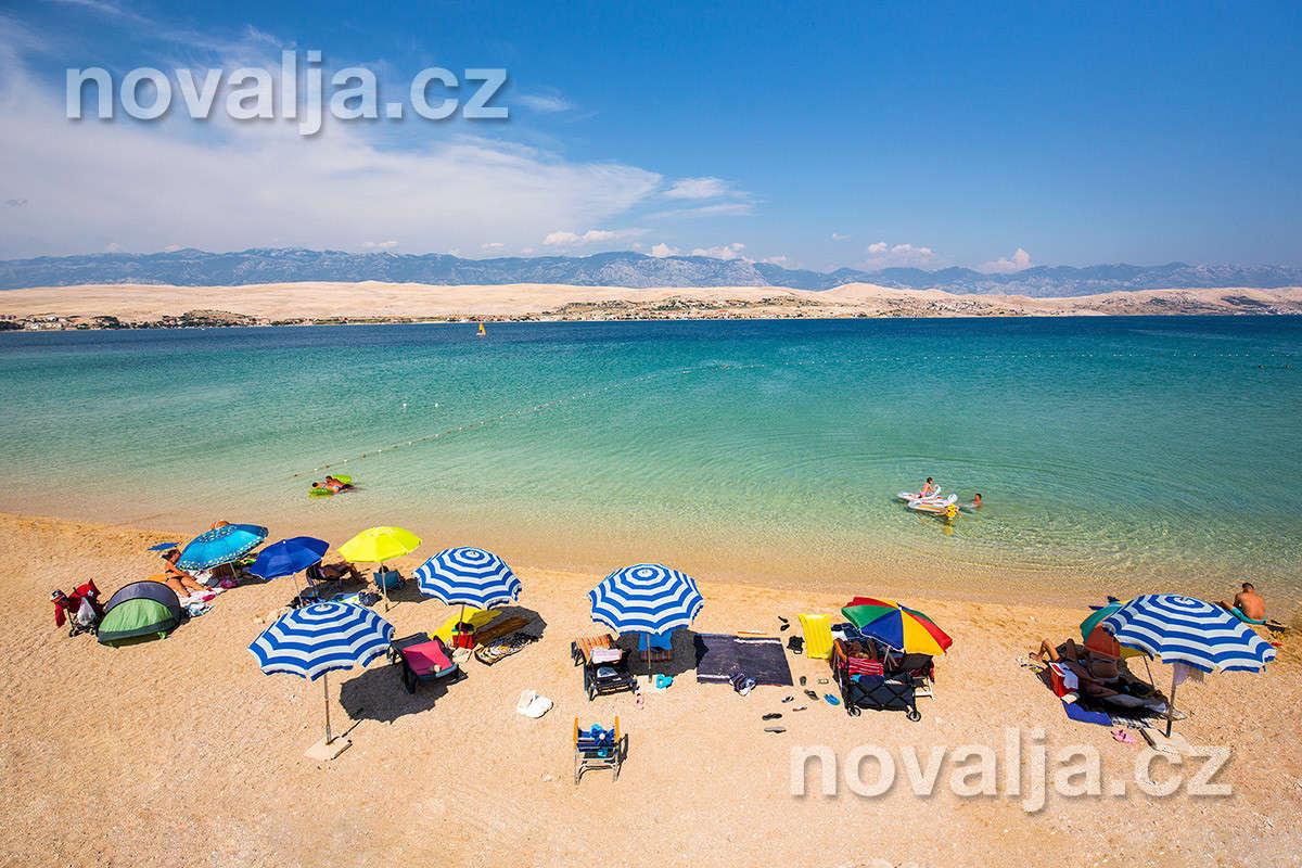 Písečná pláž Čista plaža -ostrov Pag